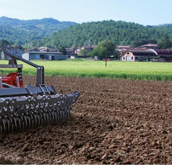 Immagine per la categoria Lavorazione del suolo
